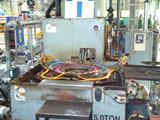 Stationary type induction hardening machine
